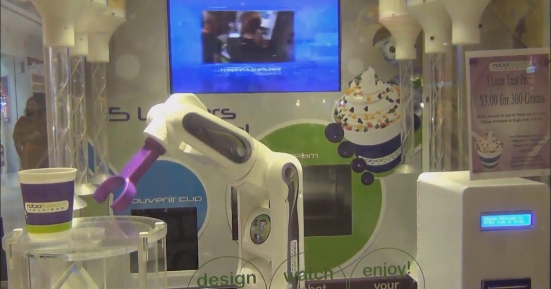 Robotlu Dondurma Otomatı
