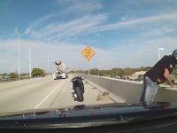 Basit Bir Kaza Yüzünden Ölen Motorcu