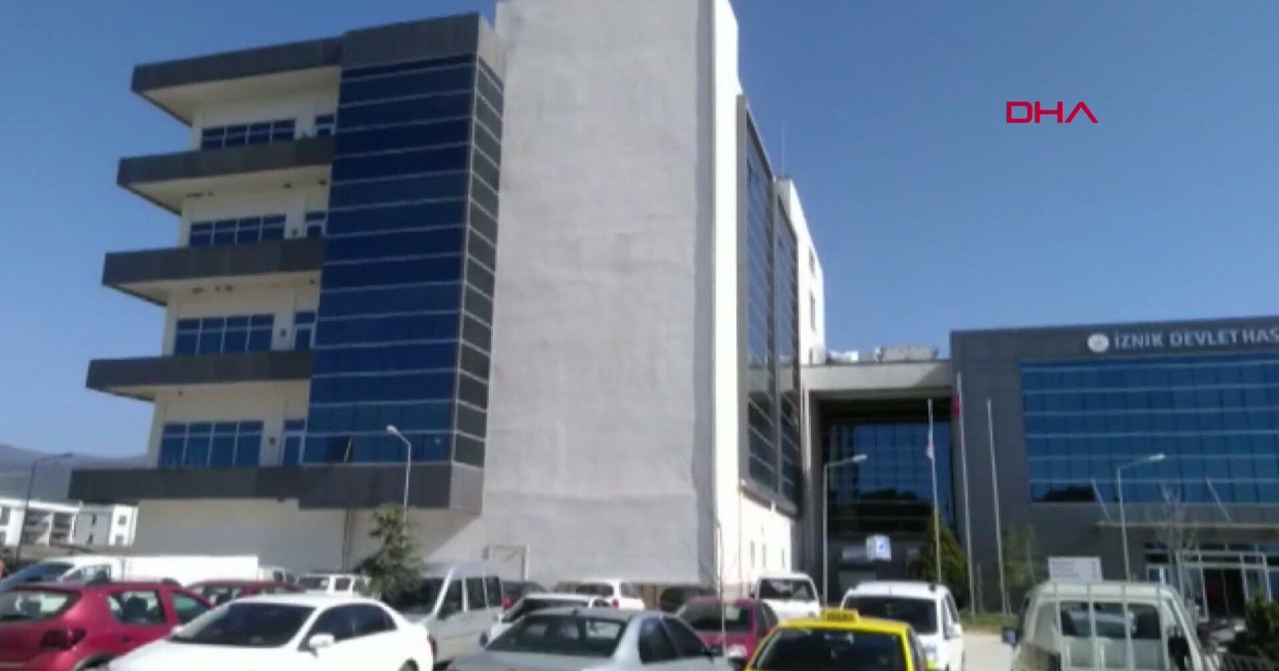 Muayene Olmak İçin Gittiği Hastanede Temizlik Yapan Teyze