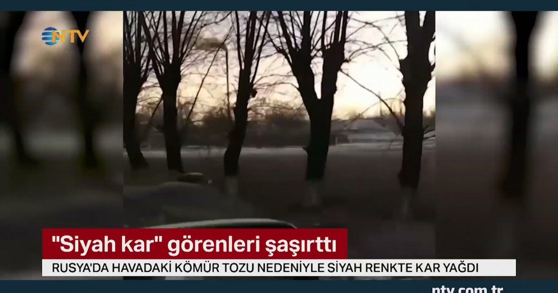 Rusya'ya Siyah Kar Yağdı