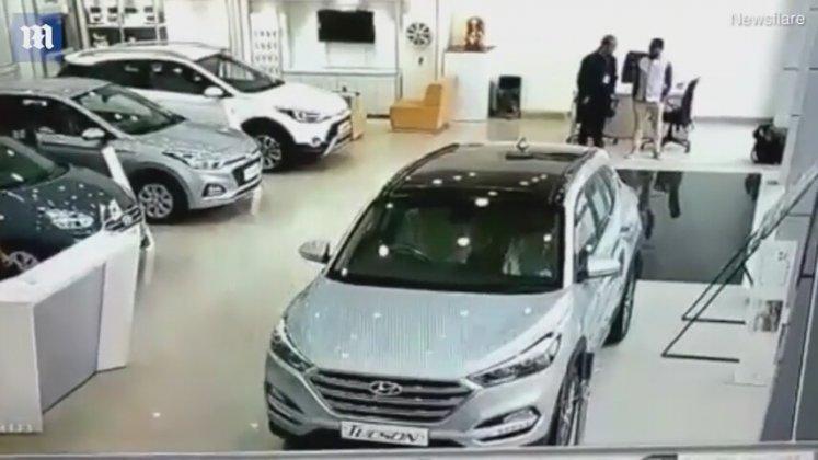 Deneme Sürüşünü Çok Yanlış Anlayan Müşteri