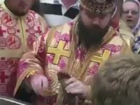 Ölmüş Papanın Ayağının Suyunu İçmek