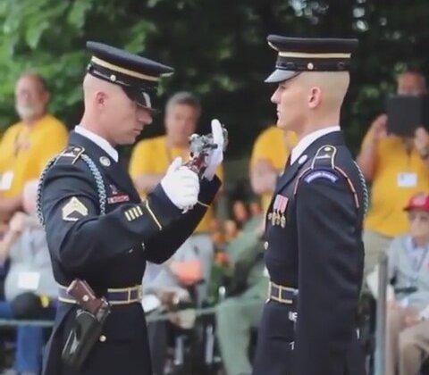 Maraş Dondurmacısı Tadında Tüfek Teslim Töreni