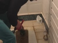 Tıkanan Alaturka Tuvalet Nasıl Açılır?