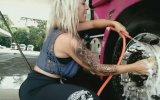 Tırını Yıkayan Kadın Şoför