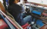Ayağıyla Vites Değiştiren Şoför