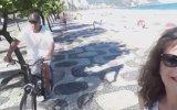 Selfie Çekerken Telefonu Kapkaççıya Kaptırmak