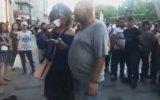 Tencerenin Yuvarlanıp Kapağını Bulması Madam Marika ve Taksim Delisi Cenk