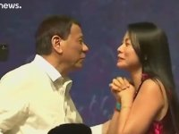 Eskiden Eşcinseldim, Güzel Kadınlar Beni İyileştirdi - Filipinler Devlet Başkanı