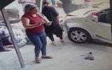 Fren Yerine Gaza Basınca İki Kadını Öldüren Ehliyetsiz Sürücü