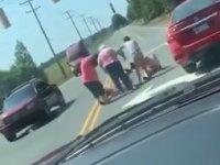 Yol Verme Kavgasında Yumruklaşan Kadınlar