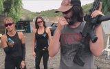 Keanu Reeves'ın Silahlı Atış Performansı