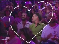 Eurovision Şarkı Yarşıması'nda Öpüşen Eşcinseller