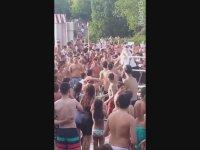 Almanya'da Göçmenlerin Türk Aileyi Taciz Edip Havuz Kapattırması