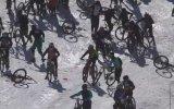 Fransa'da Bisiklet Yarışında Yaşanan Feci Kaza