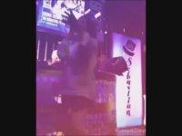 Nez'in Gece Kulübü Dans Performansları