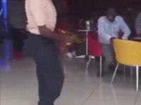 Dansıyla Rahatlatan Zenci Amca