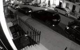 Mahalledeki Arabaları Biçen Audi Q7