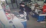 Hırsızlık Yapan Genci Döven Kasiyerler