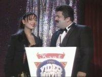 Ebru Gündeş'in Kral TV Müzik Ödülleri'ndeki İlk Ödülü (1995)