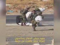 Filistinli Kadına Yardım Eden İsrail Askerleri