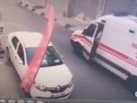 Ambulansı İğne Deliğinden Geçiren Şoför