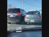 Trafik Tartışmasında Popo Göstermek