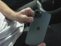 Kasiyerlere iPhone 11 Pro Yere Düşürme Deneyi Yapmak