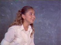 Yonca Evcimik'in 21 Yaşındaki Hali (Kızlar Sınıfı - 1984)