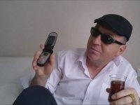 Çekmeyen Telefonlara İsyan eden Dayı