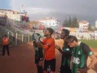 Futbolculara Hesap Soran Taraftarlar