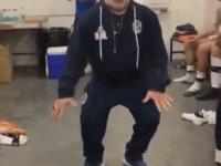 Maradona'dan Galibiyet Dansı