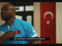 Ragbi Milli Takım Antrenörü Ngue'nin Tüyleri Diken Diken Yapan Konuşması