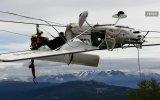 Teleferiğin Tellerine Dolanan Uçak
