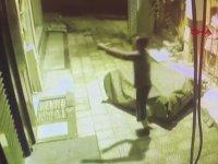 8 Metreden Yere Çakılınca Error Veren Hırsız