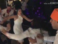 İngiltere'deki Hint Düğününde Çıkan Kavga