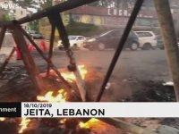 Lübnan'da  Whatsapp Vergisine İsyan