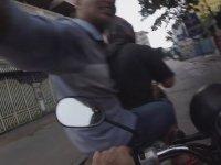 Motosikletli Çifte Kaza Yaptıran Motosikletli Kapkaççılar