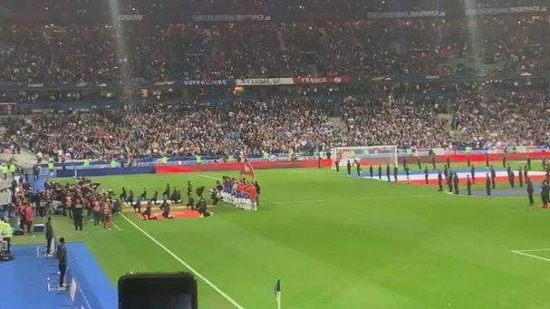 Stade De France'ta İstiklal Marşı'nı Okuyan 30 Bin Türk Taraftar