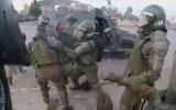 Molotof Kokteyli İsabet Eden Kadın Polisler