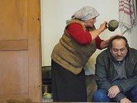 Safranbolulu Filiz Teyze'nin Temsili Eş Banyosu Yaptırma Ritüeli