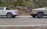 Ford F150 ile Tesla Cybertruck'ın Kapışması