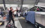 Tesla Cybertruck'ın İlk Teste Camının Kırılmaması