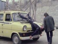 Minibüsle Adam Öldürmek