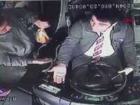 Otobüs Şoförünü Yumruklayan Yolcu