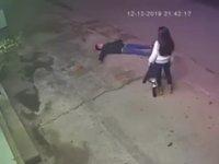 Kız Arkadaşına Atarlanan Gencin Tuğla ile İmtihanı
