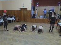 Köleli Kırbaçlı Rus Düğünü