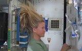 Uzayda Saç Nasıl Yıkanır