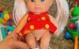 İlk Transeksüel Oyuncak Bebek