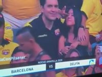 Eşini Aldatırken Stadyumda Kameralara Yakalanan Adam
